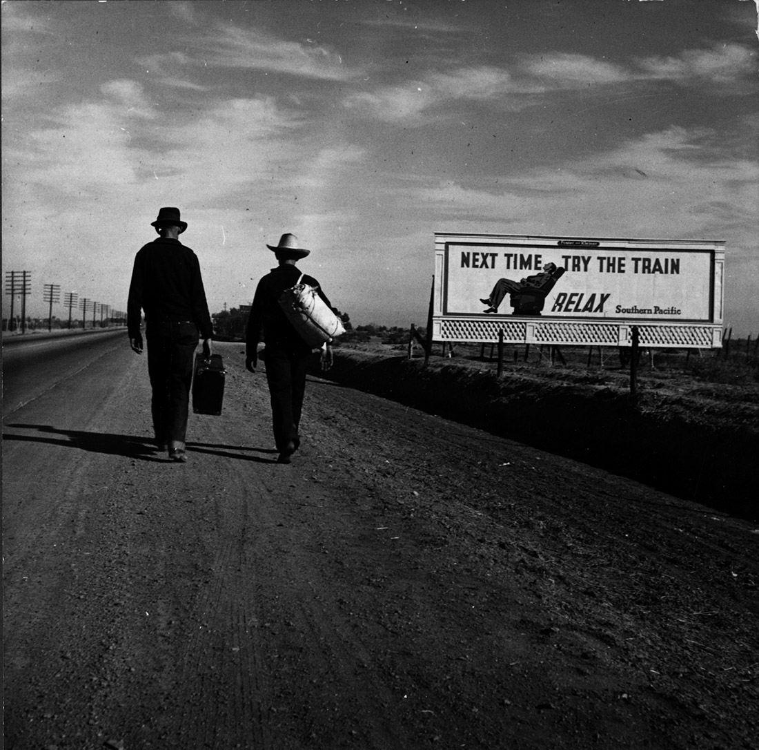 Toward Los Angeles, California - 1937 - Dorothea Lange © The Dorothea Lange Collection, the Oakland Museum of California